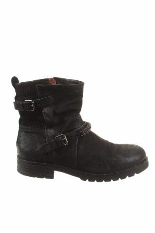 Dámské topánky  MJUS