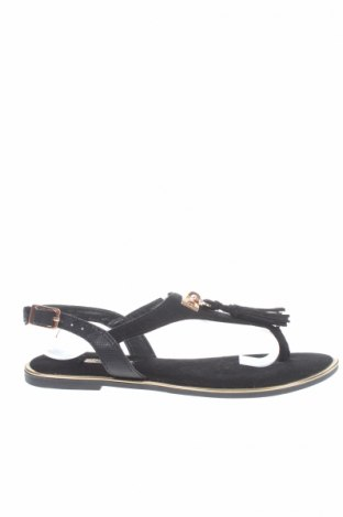 Sandály  Primark