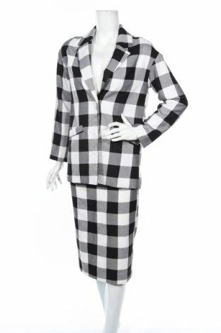 Дамски костюм Monki, Размер XXS, Цвят Бял, 65% полиестер, 35% вискоза, Цена 19,96лв.