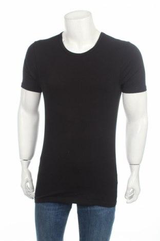 Мъжка тениска Mc Neal, Размер M, Цвят Черен, 95% памук, 5% еластан, Цена 28,47лв.