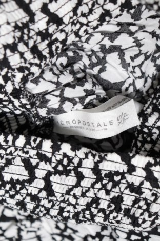 Пола Aeropostale, Размер XS, Цвят Бял, Вискоза, Цена 4,54лв.