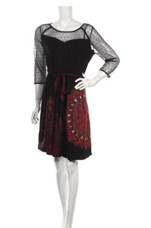 Šaty  Desigual, Rozměr XL, Barva Černá, 87% viskóza, 7% polyamide, 6% elastan, Cena  540,00Kč