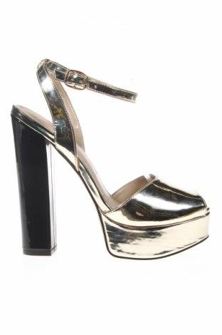 Сандали Versace 19.69 abbigliamento sportivo, Размер 38, Цвят Златист, Еко кожа, Цена 68,45лв.