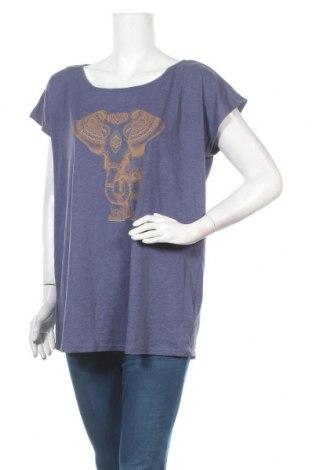 Дамска блуза Colours Of The World, Размер XXL, Цвят Син, 60% памук, 40% полиестер, Цена 12,60лв.