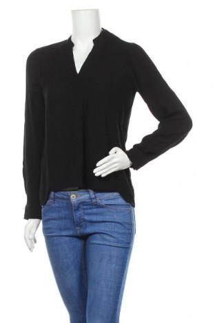 Дамска блуза Soaked In Luxury, Размер S, Цвят Черен, Вискоза, Цена 35,55лв.