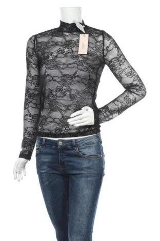 Дамска блуза Soaked In Luxury, Размер XS, Цвят Черен, 100% полиамид, Цена 31,05лв.
