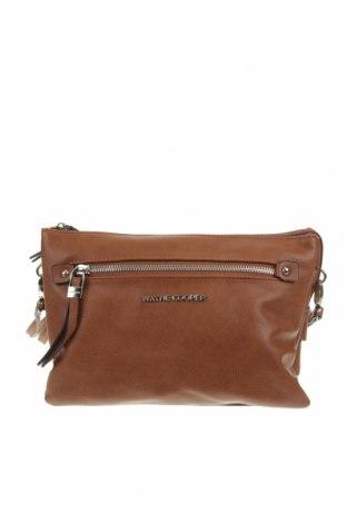 Дамска чанта Wayne Cooper, Цвят Кафяв, Еко кожа, Цена 18,74лв.