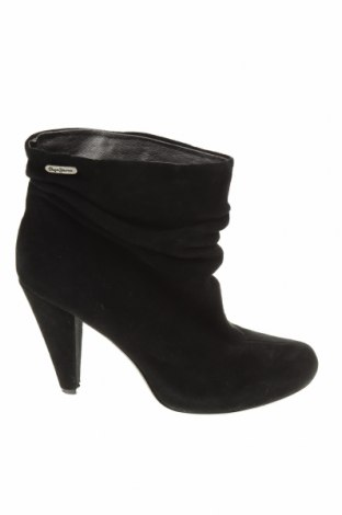 Дамски боти Pepe Jeans, Размер 40, Цвят Черен, Естествен велур, Цена 35,88лв.