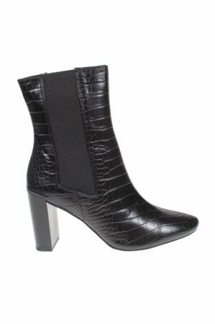 Дамски ботуши Michelle Keegan, Размер 39, Цвят Черен, Еко кожа, Цена 47,17лв.