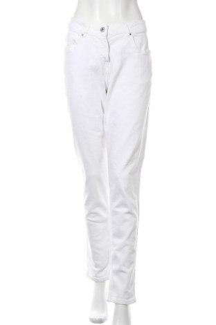Дамски дънки Blue Motion, Размер L, Цвят Бял, 98% памук, 2% еластан, Цена 11,55лв.