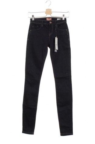 Дамски дънки ONLY, Размер XS, Цвят Син, 98% памук, 2% еластан, Цена 25,40лв.