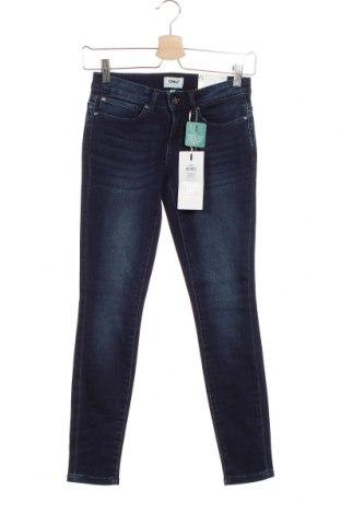 Дамски дънки ONLY, Размер XS, Цвят Син, 93% памук, 6% полиестер, 1% еластан, Цена 23,40лв.