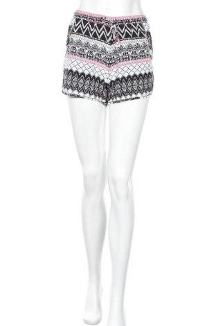 Дамски къс панталон Colours Of The World, Размер S, Цвят Многоцветен, Цена 5,51лв.