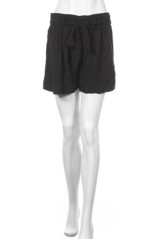 Дамски къс панталон Takko Fashion, Размер XL, Цвят Черен, Вискоза, Цена 5,36лв.