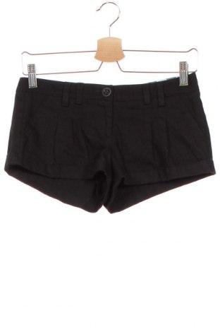 Дамски къс панталон Xxi, Размер XS, Цвят Черен, 55% полиестер, 42% памук, 3% еластан, Цена 6,04лв.