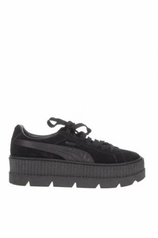 Дамски обувки Fenty Puma by Rihanna, Размер 41, Цвят Черен, Естествен велур, Цена 110,25лв.