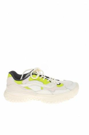 Дамски обувки Vans, Размер 36, Цвят Бял, Естествен велур, естествена кожа, текстил, полиуретан, Цена 97,30лв.