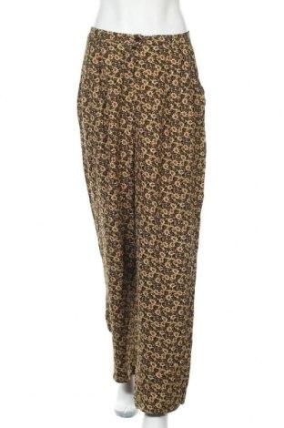 Дамски панталон American Vintage, Размер L, Цвят Многоцветен, Вискоза, Цена 39,75лв.