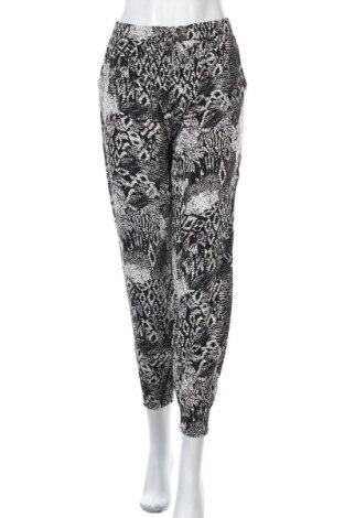 Дамски панталон Haily`s, Размер L, Цвят Бял, 100% вискоза, Цена 14,33лв.