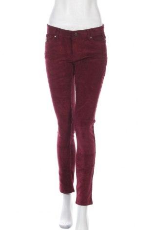 Дамски панталон Lois, Размер M, Цвят Червен, 98% памук, 2% еластан, Цена 39,27лв.