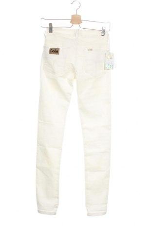 Дамски панталон Lois, Размер M, Цвят Бял, 66% памук, 31% полиестер, 3% еластан, Цена 21,40лв.