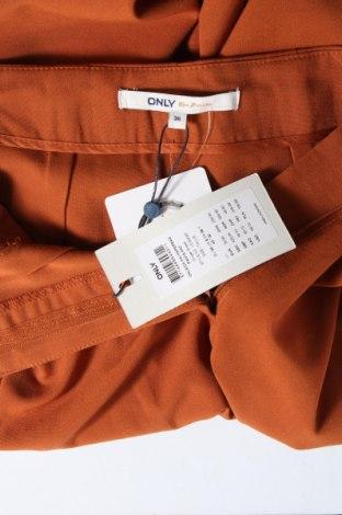 Дамски панталон ONLY, Размер S, Цвят Кафяв, 63% полиестер, 33% вискоза, 4% еластан, Цена 33,63лв.