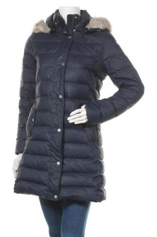 Γυναικείο μπουφάν Tommy Hilfiger, Μέγεθος S, Χρώμα Μπλέ, Πολυεστέρας, φτερά και πούπουλα, Τιμή 200,52€