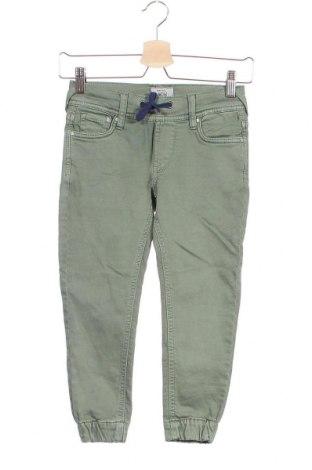 Детски панталон Pepe Jeans, Размер 5-6y/ 116-122 см, Цвят Зелен, 98% памук, 2% еластан, Цена 35,97лв.