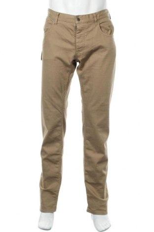 Мъжки дънки Armani Jeans, Размер XL, Цвят Бежов, 69% памук, 29% лиосел, 2% еластан, Цена 179,34лв.