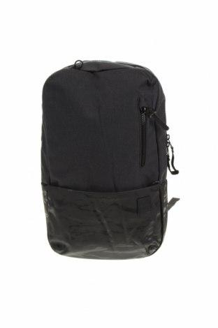 Раница за лаптоп Incase, Цвят Черен, Текстил, Цена 40,27лв.