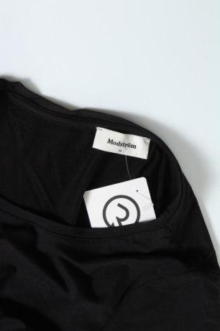 Рокля Modstrom, Размер XS, Цвят Черен, 95% вискоза, 5% еластан, Цена 54,00лв.