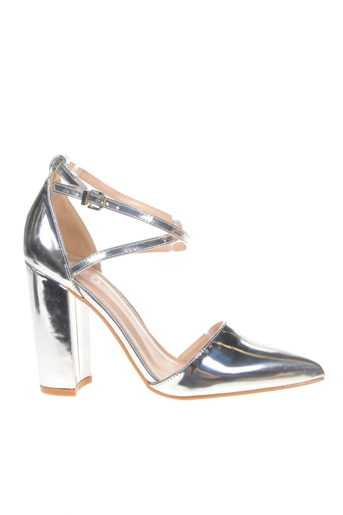 Дамски обувки Raid, Размер 38, Цвят Сребрист, Еко кожа, Цена 44,25лв.