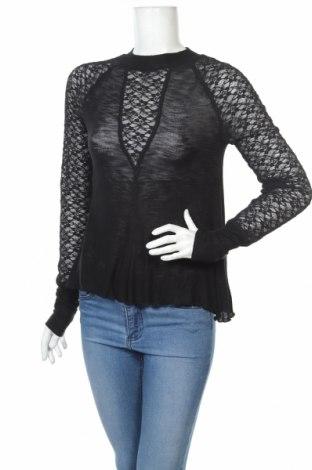 Дамска блуза Free People, Размер S, Цвят Черен, 95% вискоза, 5% еластан, Цена 32,52лв.