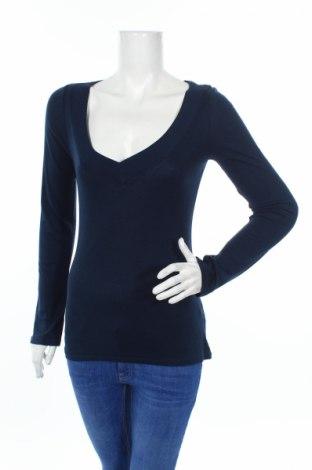 Дамска блуза Old Navy, Размер M, Цвят Син, 55% памук, 45% модал, Цена 25,20лв.