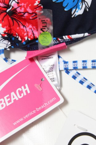 Дамски бански Venice Beach, Размер M, Цвят Многоцветен, 80% полиамид, 20% еластан, Цена 21,42лв.