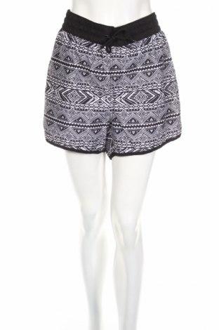 Pantaloni scurți de femei Now, Mărime 3XL, Culoare Negru, Poliester, Preț 25,37 Lei
