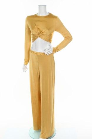 Дамски комплект Boohoo, Размер M, Цвят Жълт, 95% полиестер, 5% еластан, Цена 37,60лв.