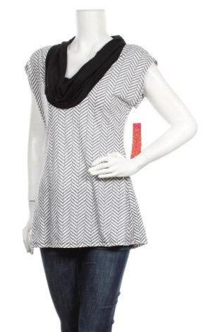 Дамска блуза Almost Famous, Размер XL, Цвят Бял, 60% памук, 40% полиестер, Цена 14,70лв.