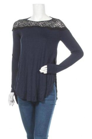 Дамска блуза Old Navy, Размер S, Цвят Син, Вискоза, Цена 8,93лв.