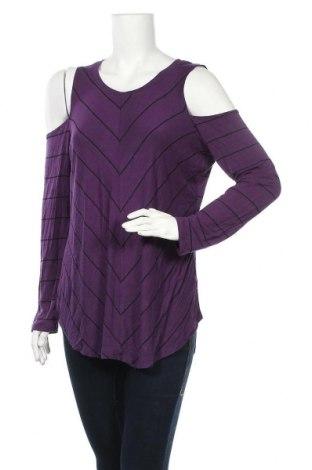 Дамска блуза Ricki's, Размер M, Цвят Лилав, 95% вискоза, 5% еластан, Цена 6,09лв.