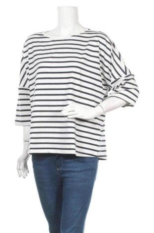 Дамска блуза Soaked In Luxury, Размер XL, Цвят Бял, 62% полиестер, 33% вискоза, 5% еластан, Цена 44,25лв.