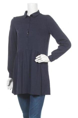 Дамска блуза Vila, Размер S, Цвят Син, Вискоза, Цена 23,40лв.