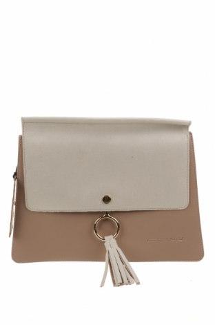 Дамска чанта Beverly Hills Polo Club, Цвят Бежов, Еко кожа, текстил, Цена 35,88лв.
