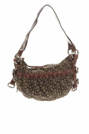 Дамска чанта DKNY, Цвят Кафяв, Текстил, Цена 49,35лв.