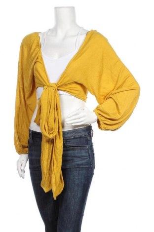 Дамска жилетка Miss Valley, Размер L, Цвят Жълт, 65% полиестер, 35% вискоза, Цена 18,38лв.