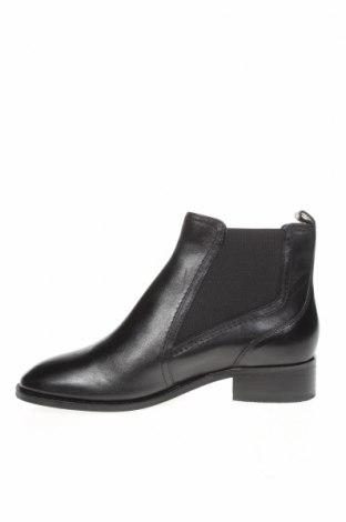 Дамски боти Marks & Spencer, Размер 37, Цвят Черен, Естествена кожа, Цена 149,00лв.