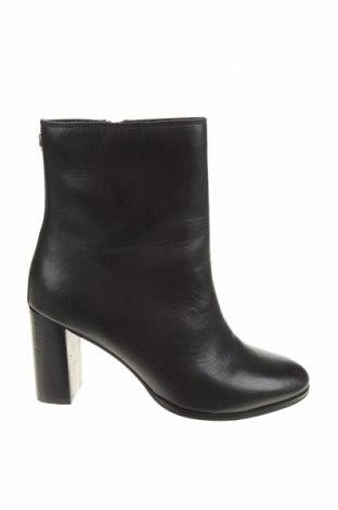 Дамски боти Superdry, Размер 39, Цвят Черен, Естествена кожа, Цена 239,00лв.