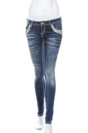 Дамски дънки Cipo & Baxx, Размер S, Цвят Син, 98% памук, 2% еластан, Цена 33,92лв.