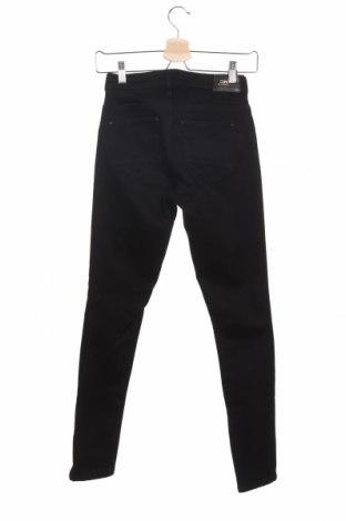 Дамски дънки ONLY, Размер XS, Цвят Черен, 70% памук, 28% полиестер, 2% еластан, Цена 26,13лв.