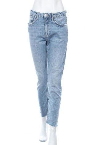 Дамски дънки Zara, Размер M, Цвят Син, 99% памук, 1% еластан, Цена 33,08лв.